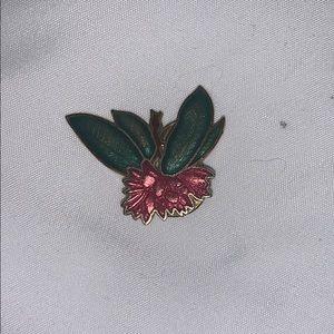 Vintage Hibiscus Pin